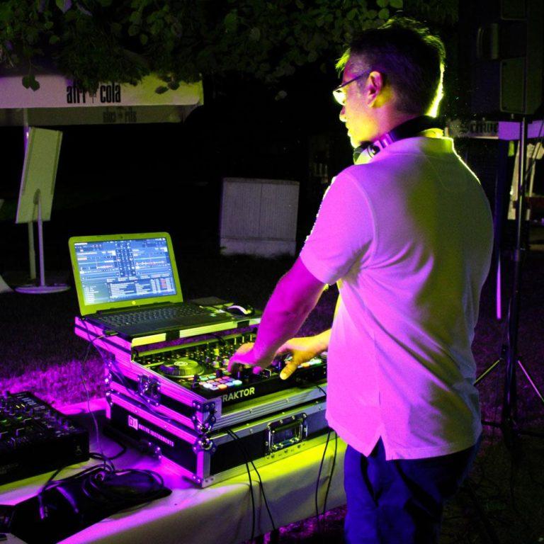 dj-galerie-6-aussen-licht